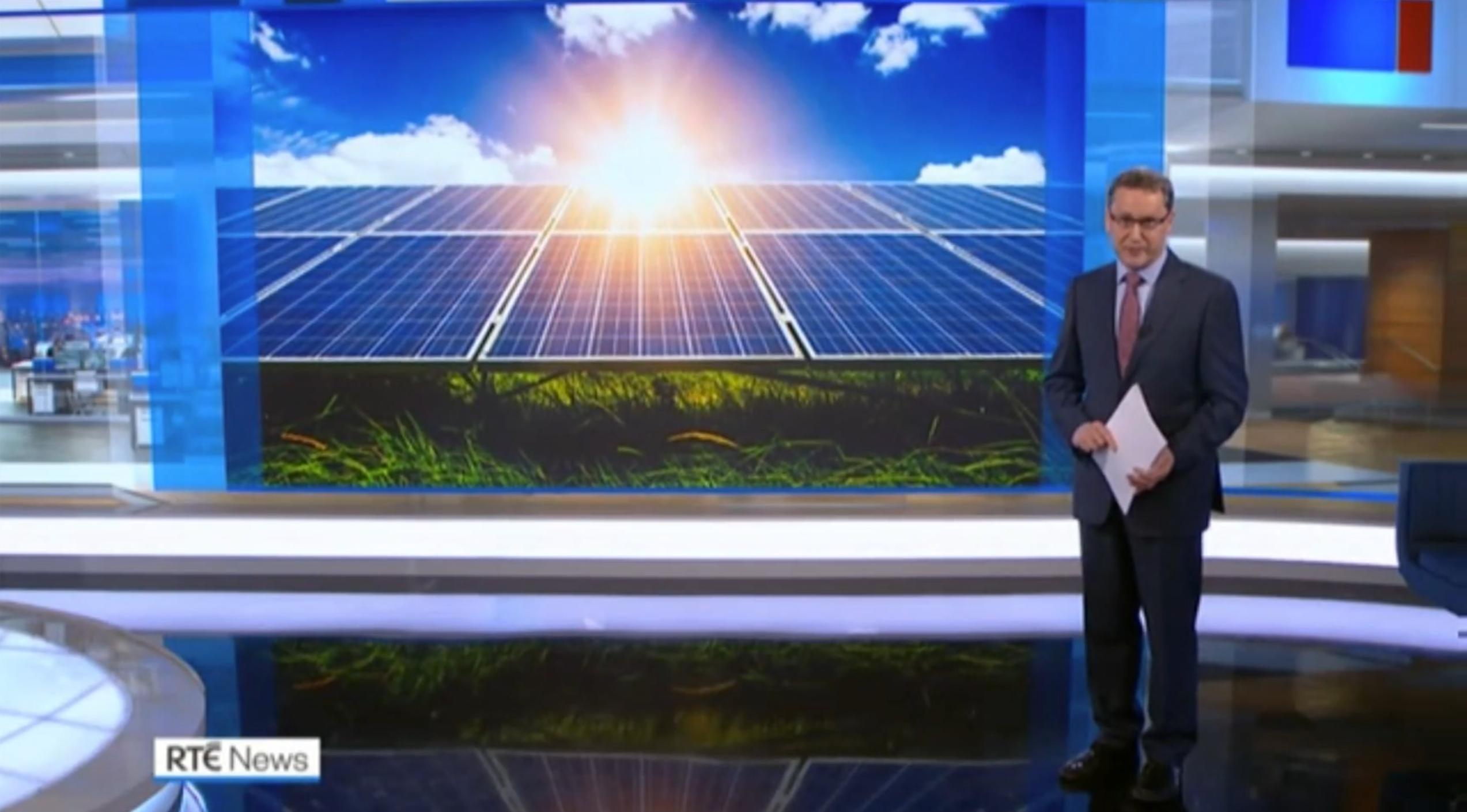 RTE news presenting solar energy